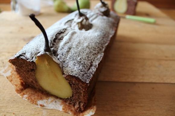Plumcake panna, cacao e pere