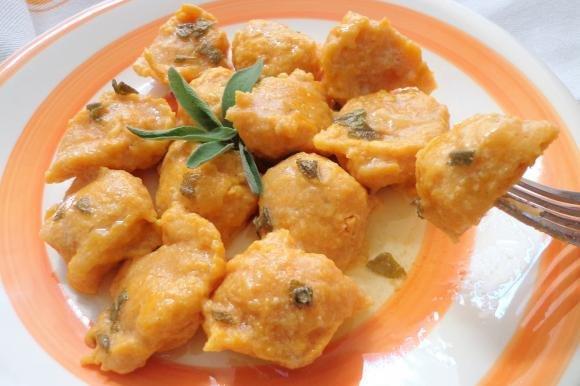 Gnocchi di carote burro e salvia