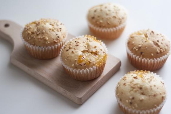 Muffin con marmellata di pesche