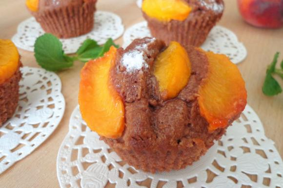 Muffin cacao e pesche