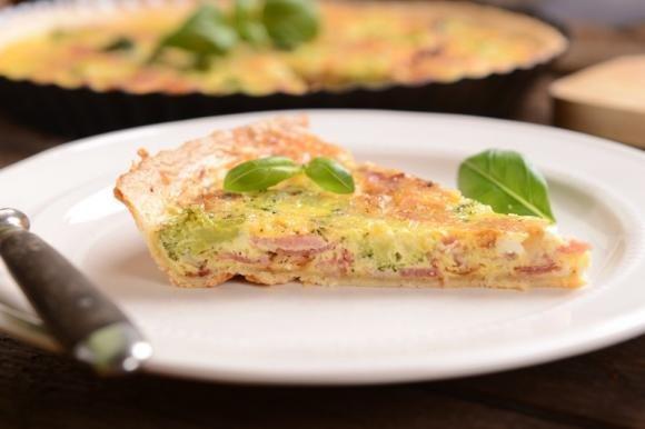 Torta salata broccoli e scamorza