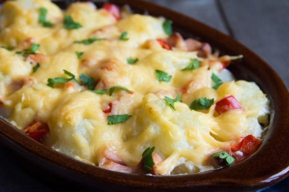 Cavolfiori e patate gratinati al formaggio