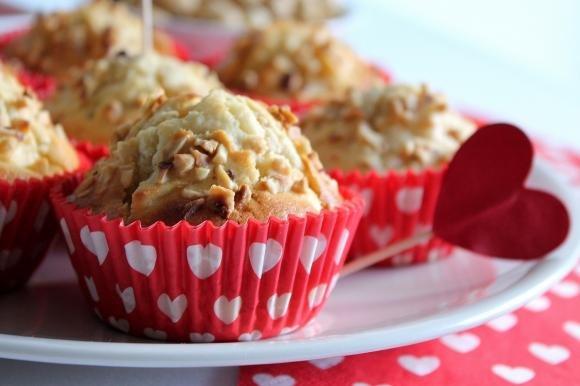 Muffin alle mele, cannella e nocciole