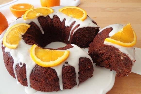 Ciambellone al cioccolato fondente e arancia