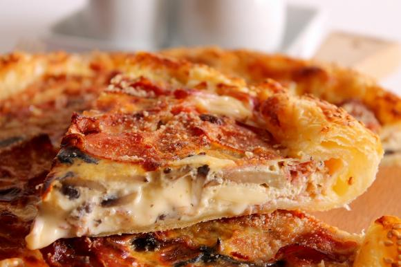 Quiche con funghi, speck ed Emmenthal