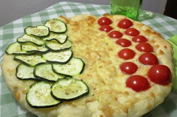 Pizza tricolore allo yogurt Bimby