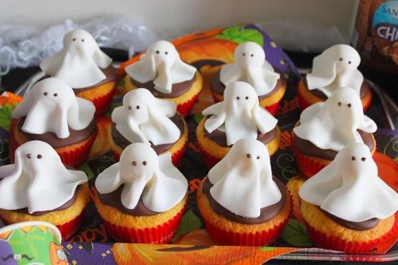 Ghost muffin vaniglia e cioccolato