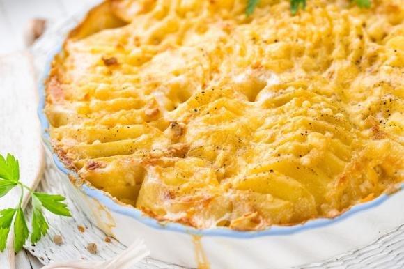 Patate e cipolle alla savoiarda