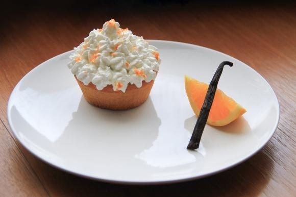 Cupcake vegani arancia e vaniglia
