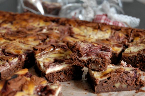 Cheese brownies cioccolato e lamponi