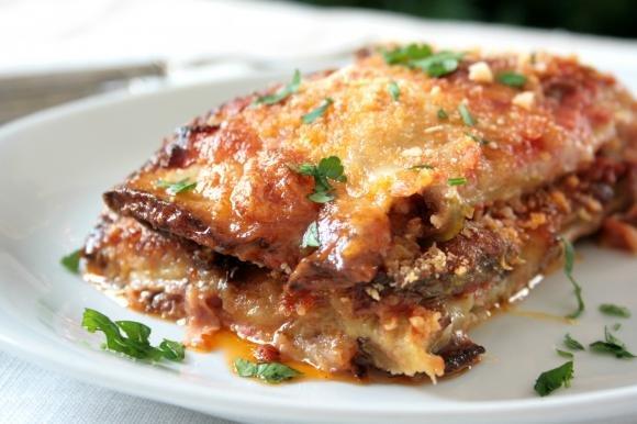 Parmigiana di zucchine al pomodoro