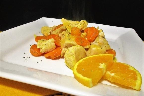 Bocconcini di pollo all'arancia e carote