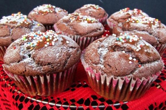 Muffin con farina di mandorle e cacao