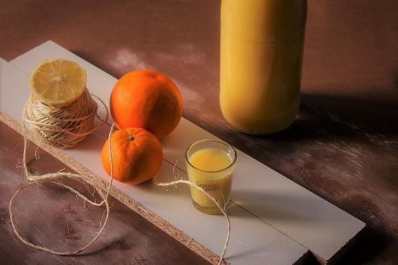 Crema di latte alcolica agli agrumi