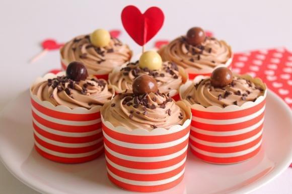 Cupcake con mousse di cioccolato al latte