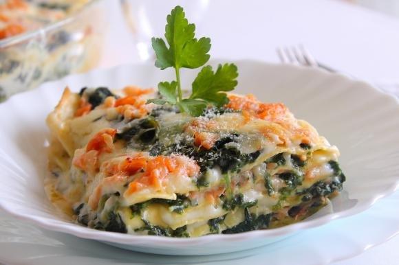 Lasagne con spinaci, salmone affumicato e Asiago