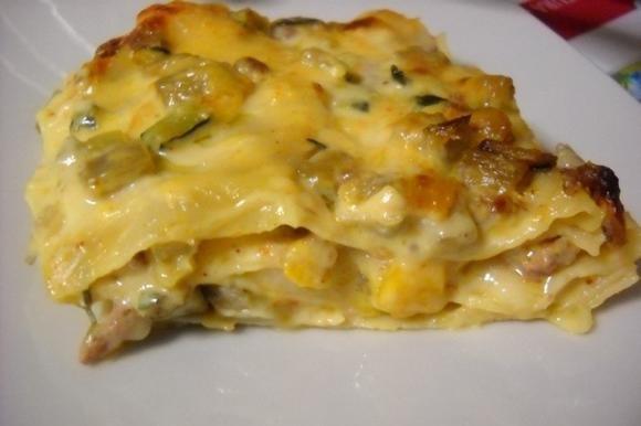 Lasagne alle verdure con besciamella allo zafferano