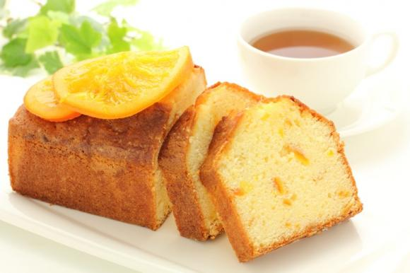 Pan d'arancio alle mandorle