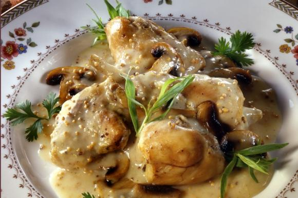 Pollo cremoso funghi e senape