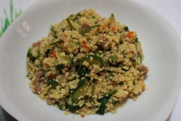 Couscous con verdure e salsiccia