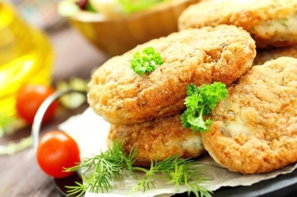Cotolette di pollo ripiene di zucchine e mozzarella