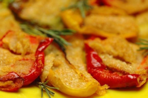 Peperoni gratinati al forno