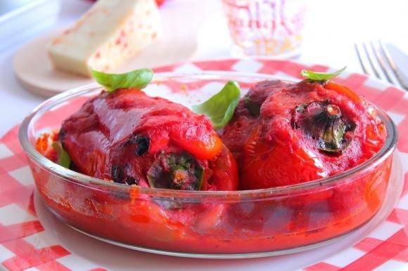 Peperoni abbottonati alla siciliana