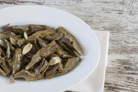Carciofi all'aglio
