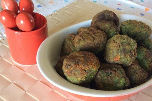 Polpette di spinaci e patate con cuore di scamorza
