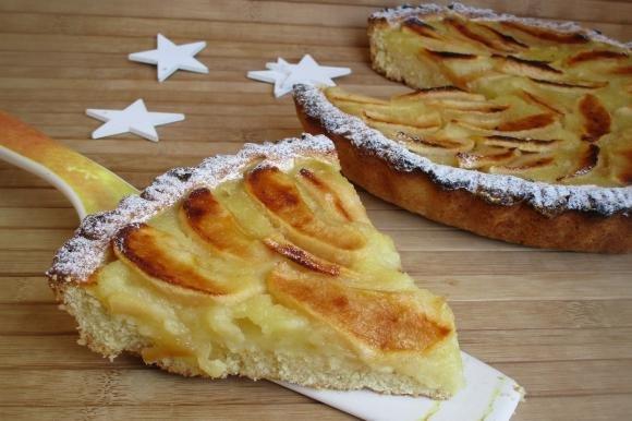 Crostata con ananas e mele