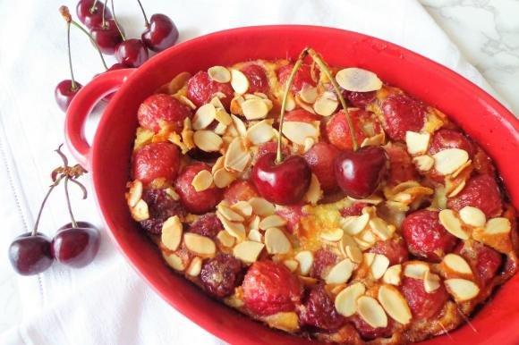 Clafoutis ciliegie e mandorle