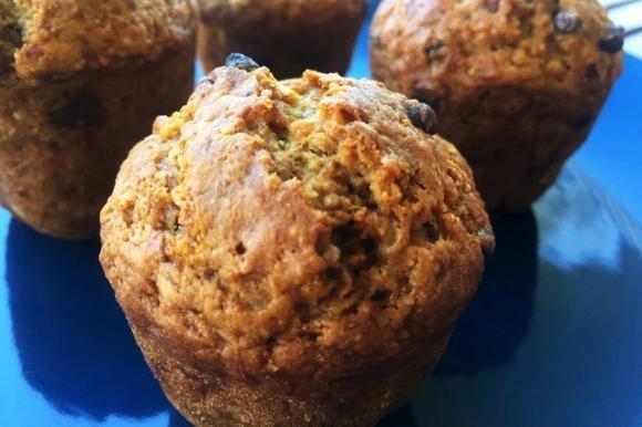 Muffin vegani con gocce di cioccolato