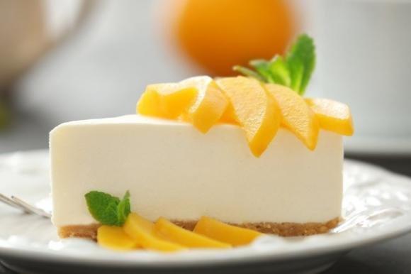 Cheesecake pesche e cioccolato bianco