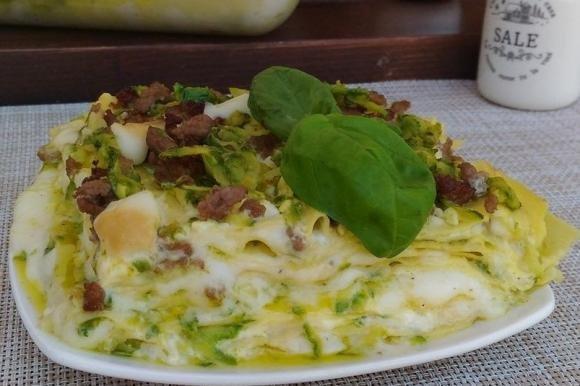 Lasagne bianche con provola e zucchine