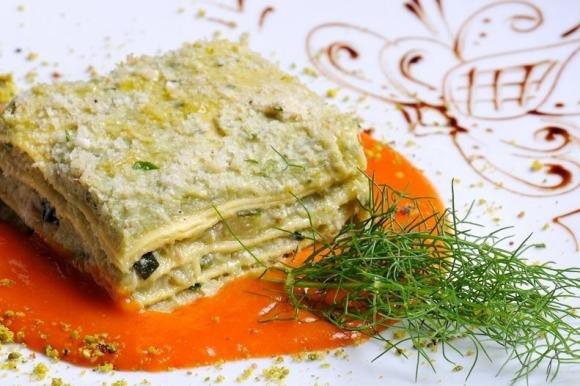 Lasagne con pesto di zucchine e formaggio