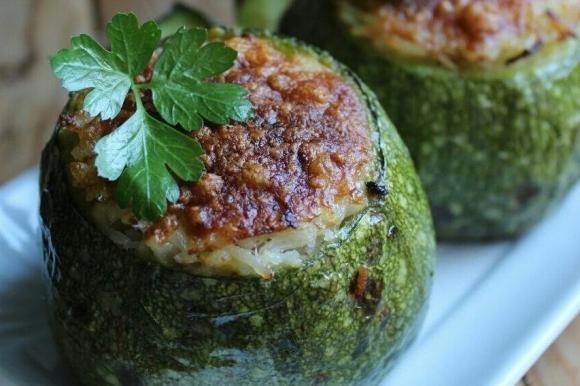 Ricetta Zucchine Ripiene Di Tonno.Zucchine Ripiene Di Riso E Tonno Fidelity Cucina