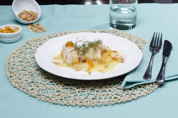 Nasello agli agrumi: una ricetta per una cena estiva