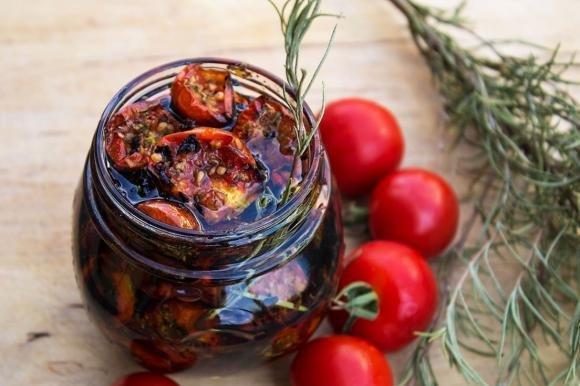 Pomodorini arrostiti sott'olio