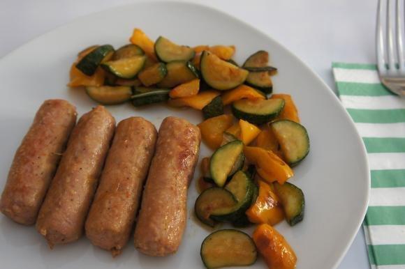 Salsiccia e verdure in padella