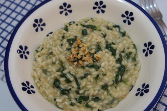 Risotto agli spinaci con Asiago e noci