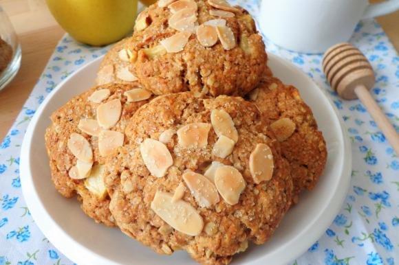 Biscotti alle mele e fiocchi d'avena