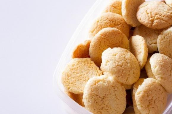 Biscotti senza uova al limone