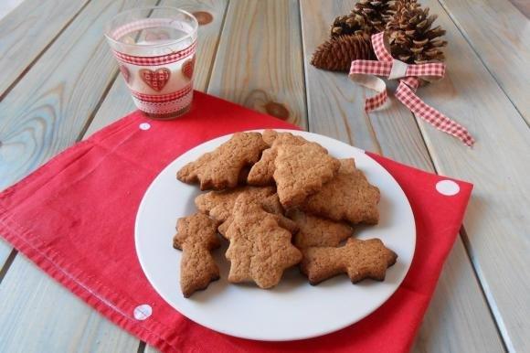 Biscotti Di Natale Al Miele.Biscotti Natalizi Con Cannella E Miele Fidelity Cucina