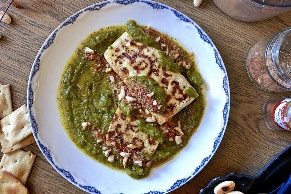 Tofu alla crema di spinaci con parmigiano vegetale alla paprika
