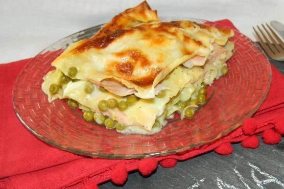 Lasagne prosciutto, piselli e mozzarella