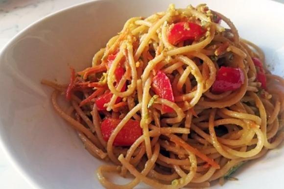 Spaghetti di farro con verdure