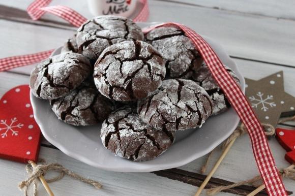 Crinkle cookies al cioccolato fondente senza burro e senza uova