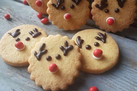 Biscotti renna di Babbo Natale allo yogurt