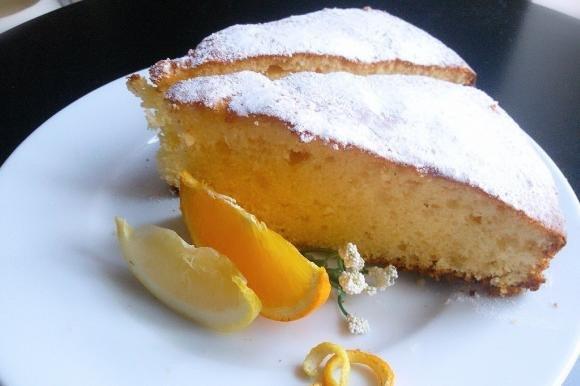 Torta all'arancia e limone senza burro