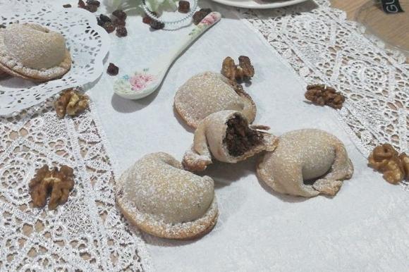 Tortelli dolci con sfoglia al vino rosso